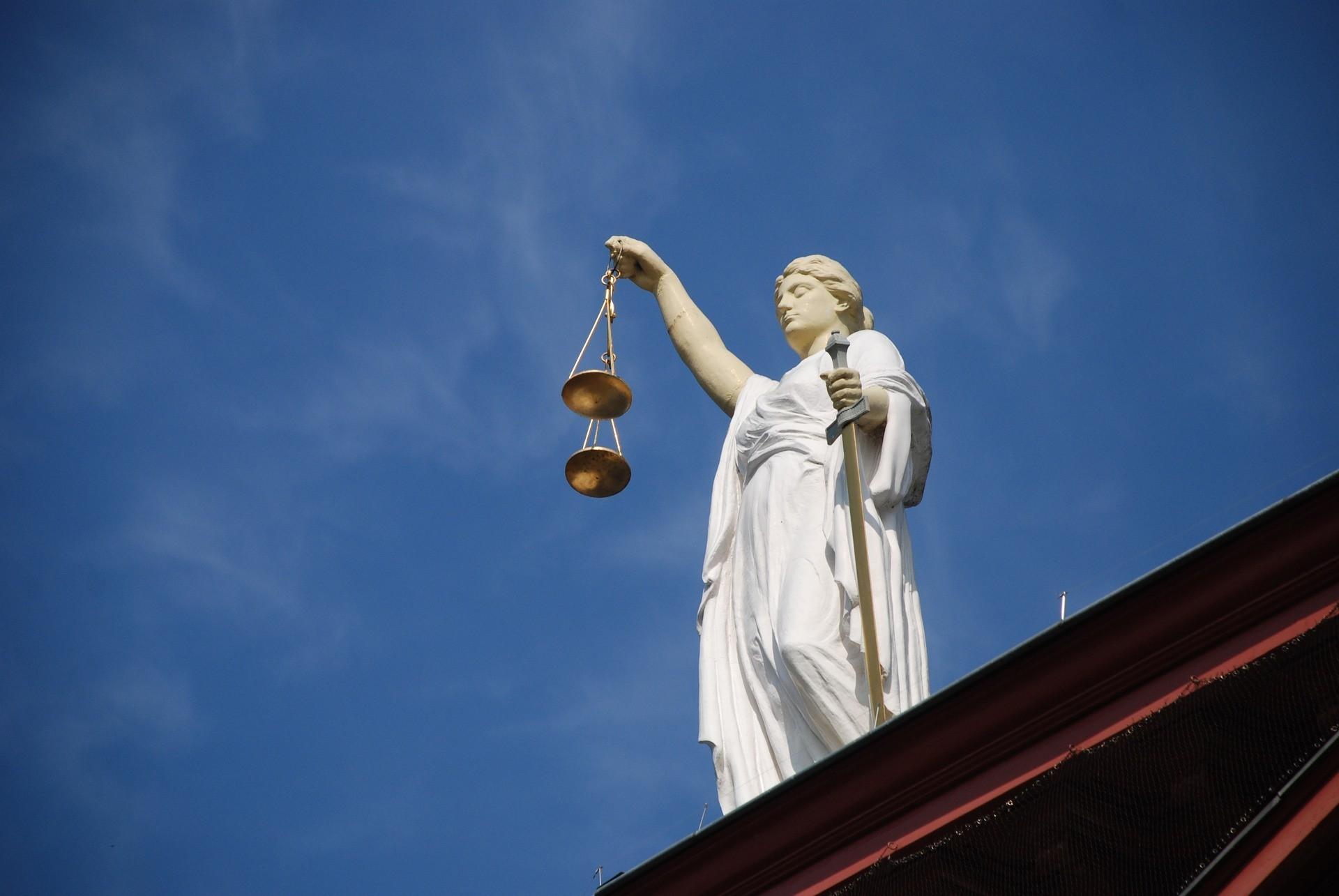 Opiekun chorego musi składać do sądu sprawozdania