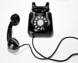 Telefony wsparcia dla opiekunów